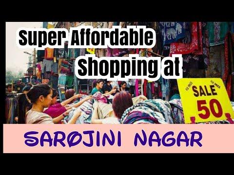 sarojini-nagar-market-  -super-affordable-shopping