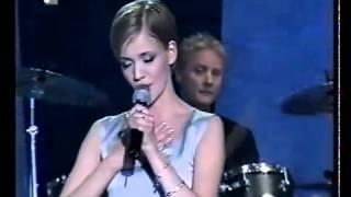Pjevajmo Doru, 1999. godine.