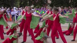 """Праздник музыки и танца """"Вальс победы"""" в Новом Осколе"""