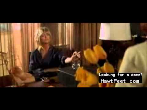 Sexy feet - Goldie Hawn in The Banger Sisters (2002)