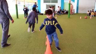 عرض رياضي تقدمه أسرة التربية الرياضية بمدارس الرواد الأهلية