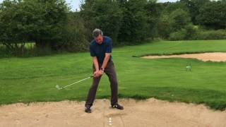 Bunker shots, the easy way to learn. Short golf tip video