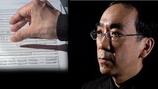 音楽家の新垣隆さんが、新作の交響曲を収録したアルバムを16日に発売す...