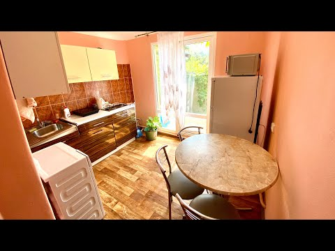 Продам 3-х комнатную квартиру в Партените со своим двором