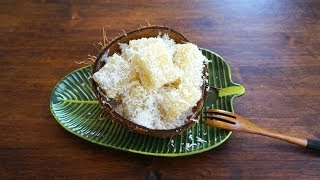Steamed Tapioca /cassava Kuih With Coconut