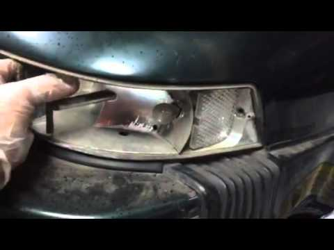 How to remove a tail light on a classic Porsche 911 sc - YouTube