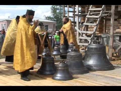 На храме в Мариинске повесили колокола