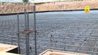 видео Армирование монолитной плиты: расчет количества арматуры для плитного фундамента своими руками