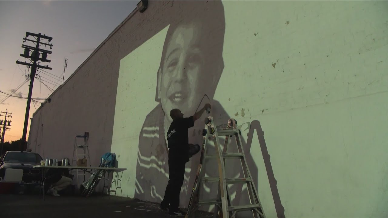 KSEE 24 News Honoring Thaddeus Sran: artist hopes to help community heal with latest mural