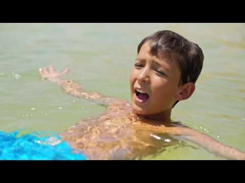 Floating On Dead Sea + Mud Baths = Family Spa Day! ☼  Family Travel In Israel