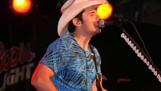 Farther Along  Brad Paisley