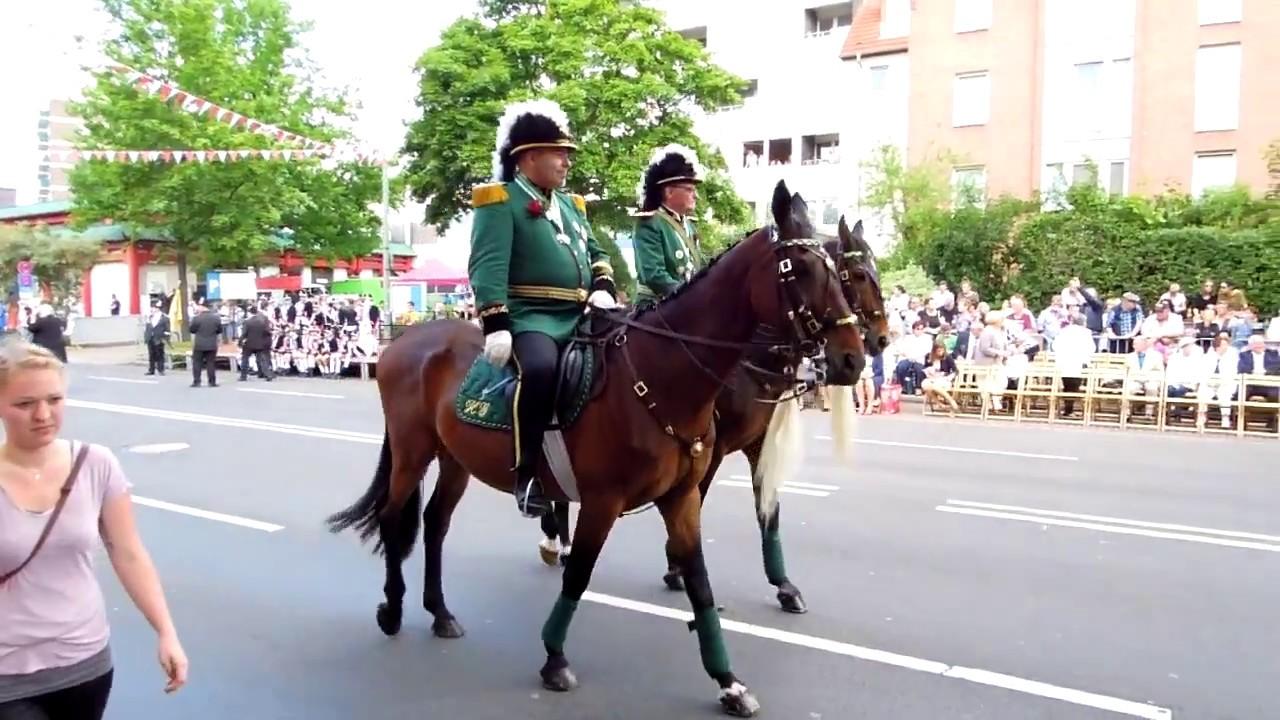 Download Schützenfest Neuss-Furth Pfingsten 2017 Aufmarsch zur Parade