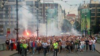 [On Tour 2012] Feyenoord supporters in Prague    Sparta Praha - Feyenoord(2500 + Feyenoord supporters on tour    Twitter.com/FeyenoordLoyals., 2012-10-22T18:38:09.000Z)