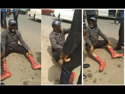 Nigerian Senator, Dino Melaye, Jumps Out Of Moving Police Vehicle