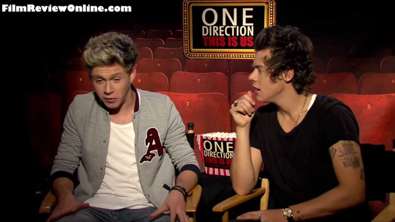 One Direction (2013) Interviews - Niall Horan & Harry ... One Direction Laughing 2013