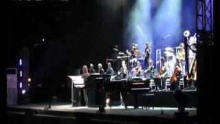 Yanni LIVE in DUBAI Part VII [HQ]