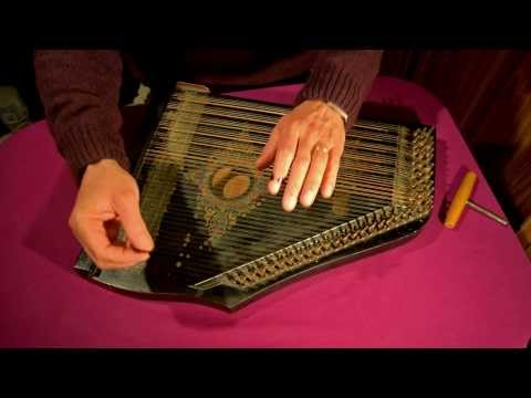 """Ma Liberté"" played on a 6-chord zither"