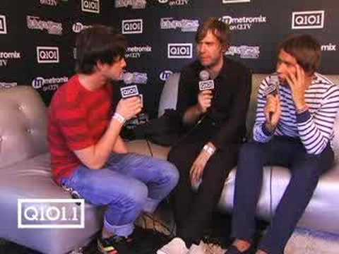 Q101.1's Kevin Manno interviews Peter Bjorn and John!
