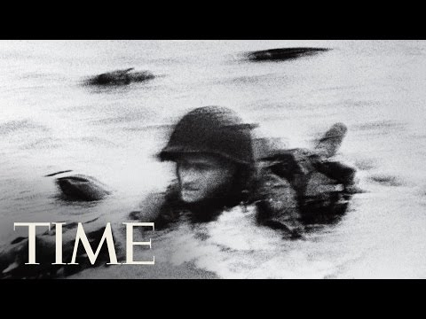 d-day:-behind-robert-capa's-photo-of-normandy-beach-|-100-photos-|-time