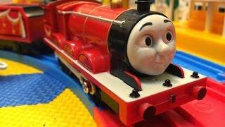 【xe lửa đồ chơi 】Thomas và những người bạn James 00004 + vn
