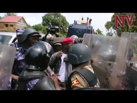 Police blocks Bobi Wine's Kyarenga concert again