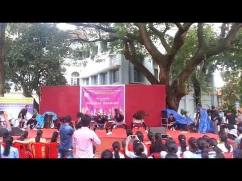 Aloysius College group dance 2016