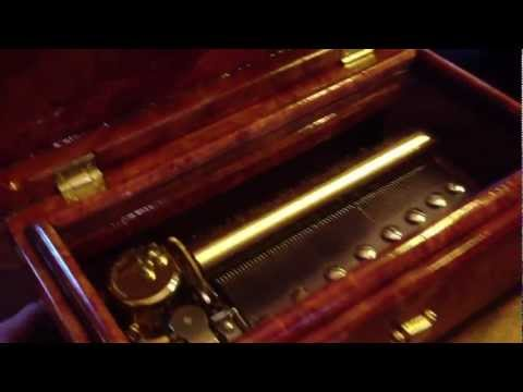 Sankyo 72 Note Orpheus Exotic Burl Music Box, Australian Red Mallee, J Pachelbel Canon In D