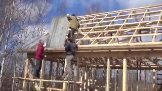 видео Кровля крыши шифером Как крыть крышу шифером