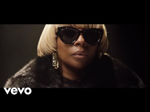 Смотреть клип Mary J. Blige - Strength Of A Woman