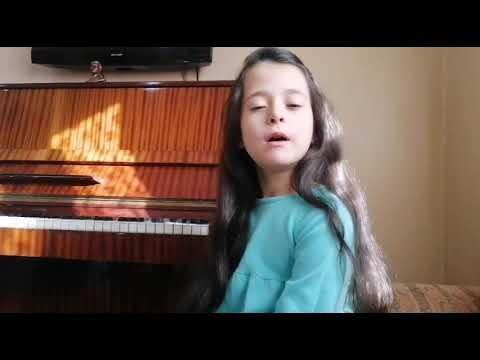 Елена Саллум, семь лет. Хомс, Сирия. Романс на стихи М. Ю. Лермонтов   ,, Выхожу один я на дор