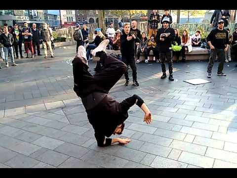 Wow Amazing B-Boys London Street Performance