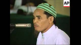 Bali suspect Amrozi appears at Abu Bakar Bashir trial