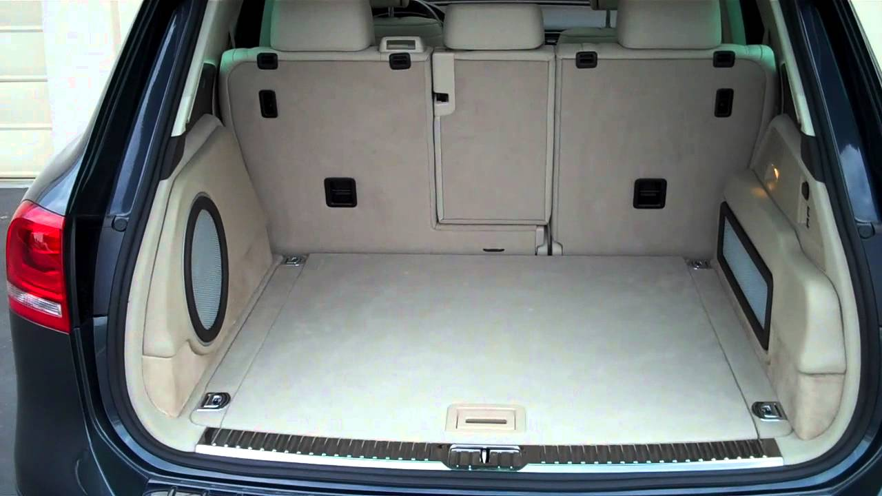 2013 vw touareg tdi custom audio install by simplicity in sound youtube. Black Bedroom Furniture Sets. Home Design Ideas