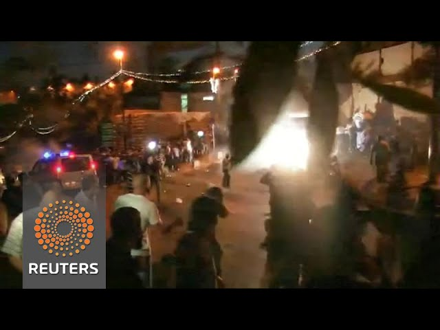 Muslim worshippers clash with Israeli forces outside Jerusalem shrine