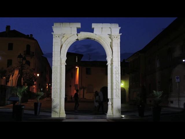 Luce sull'Arco di Palmira