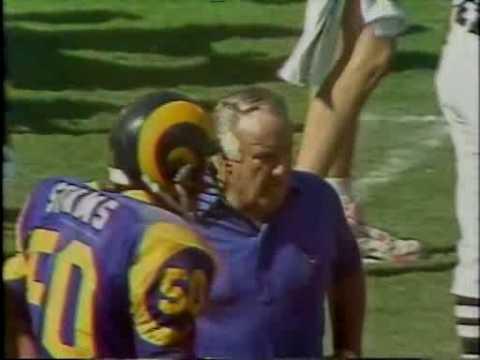 Golic sacks Everett - 09/23/1990