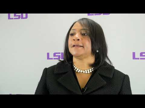 Mentoring Students | Teaching in the Healthcare Professions Program | LSU Online