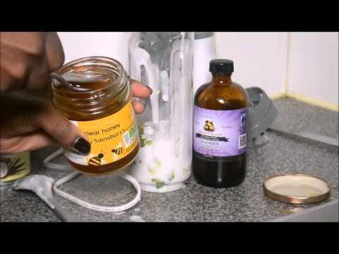 Nourishing Avocado + coconut milk mask