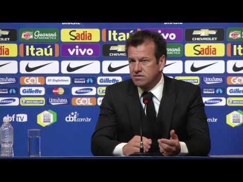 Dunga announces Brazil squad for qualifiers