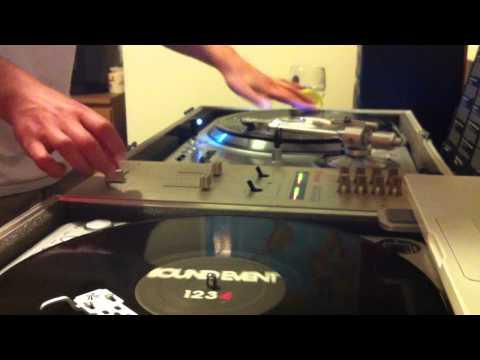 DJ Padawan Scratching - 2012