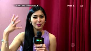 Tips merawat rambut ala Sandra Dewi