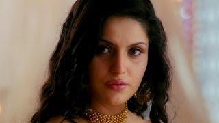Zarine Khan is confused | Veer | Salman Khan & Zarine Khan