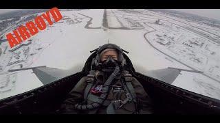 Elizabeth Banks Flies With The F-16 Viper Demonstration Team