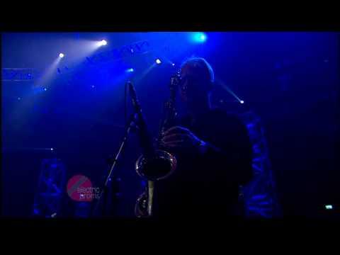 Paul Weller - Broken Stones - Live @ BBC Electric Proms 2006.10.25 (06/08) [16:9 HQ]