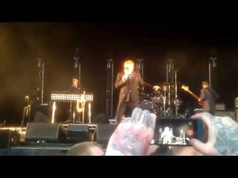 Madness Rhyl events arena 11/7/15  love this band