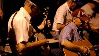 A Bluegrass Gift ~ THE OCOEE PARKING LOT BLUEGRASS JAM