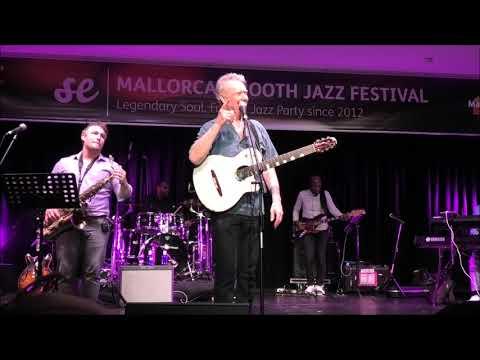 Promenade / Midnight In Manhattan - Peter White At 8. Mallorca Smooth Jazz Festival (2019)