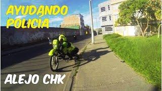 Ayudando policia de transito - Resorte pata apoyo -  Akt Nkd VER HD thumbnail