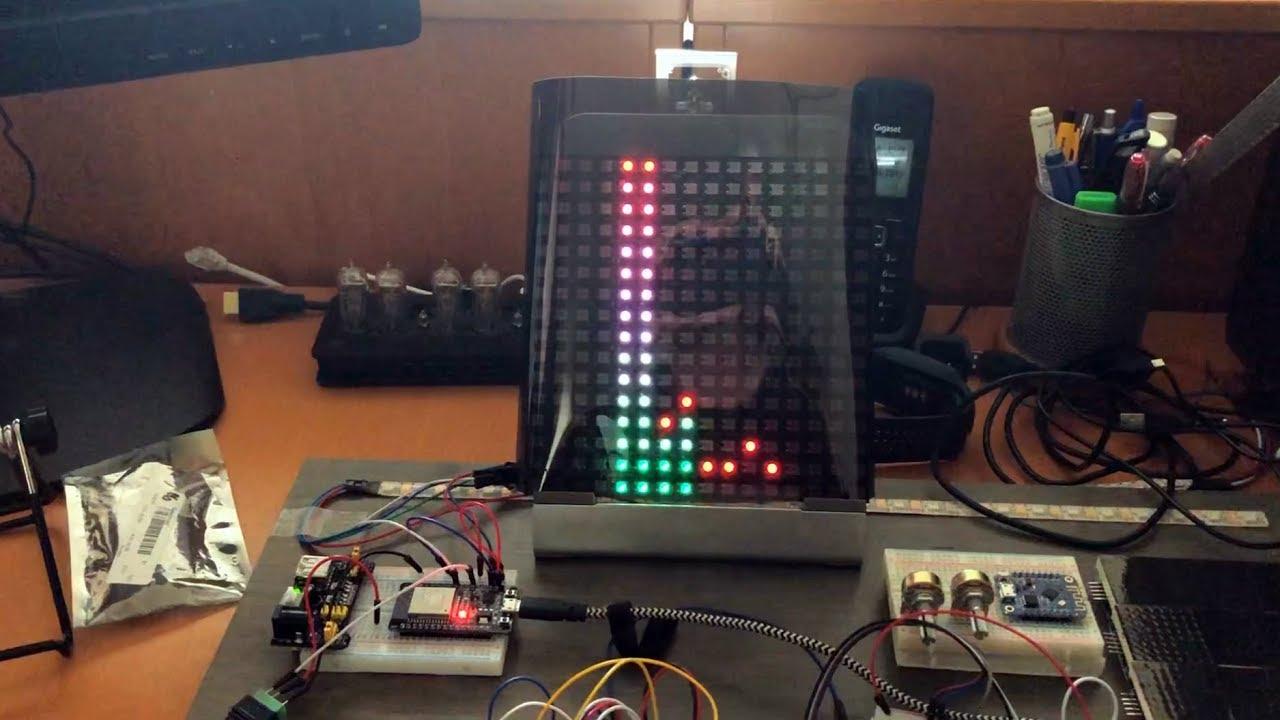 ESP32 Neopixel audio spectrum analyzer