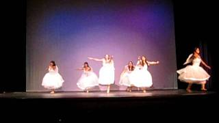 Christmas Ballet Dance: Angels We Have Heard On High
